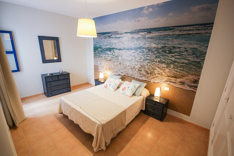 Two bedroom apartment perfect for surf lovers., holiday rental in Las Laderas