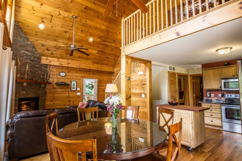 balloon landing updated 2019 3 bedroom cabin in boone with hot tub rh tripadvisor com