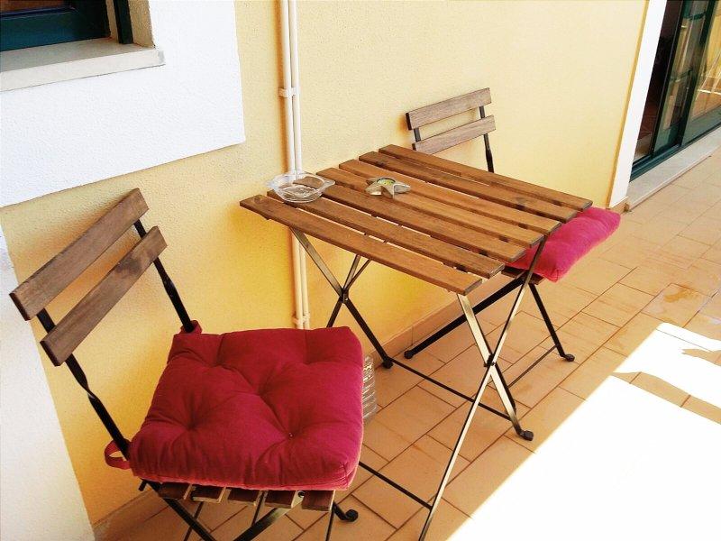 Apartamento inteiro junto ao Parque de Marim, Olhão, Faro, Algarve, holiday rental in Quelfes