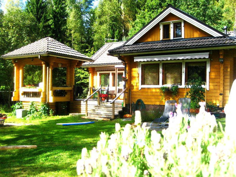 Villa Kanttarelli in Nuuksio National Park lake Siikajärvi, holiday rental in Uusimaa