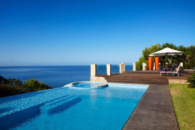 piscina privata con idromassaggio