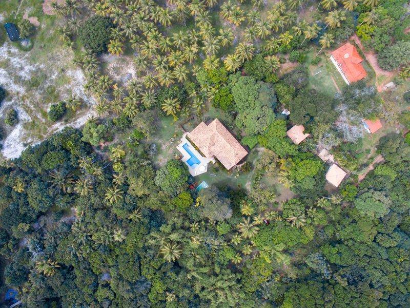 Imbassai summer house, aluguéis de temporada em Mata de São João