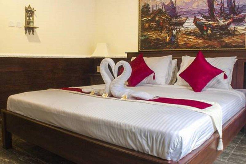 YOUR VILLA BATURSARI, holiday rental in Sanur Kauh