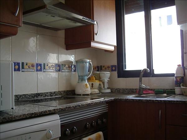 Keuken, volledig uitgerust met alle elektrische.