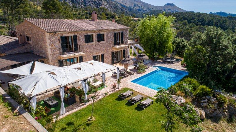 Finca  con impresionantes vistas al mar y montaña en plena naturaleza en Andratx, location de vacances à Estellencs