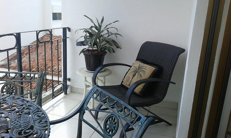 Nice coin salon sur le balcon