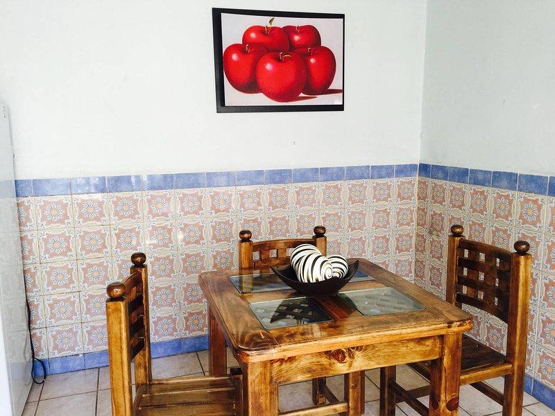 MLM Casa en el Centro, completa para ti, holiday rental in Morelia