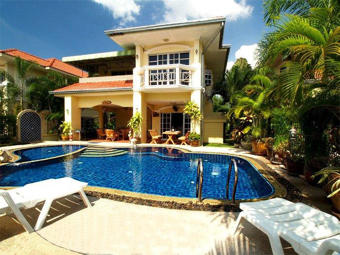 Bai Chabaa Villa 1 - Pattaya Villa with Private Pool, holiday rental in Jomtien Beach