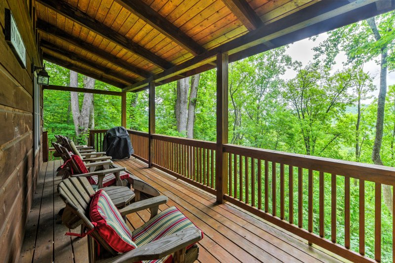 Look forward to a rejuvenating Banner Elk getaway at this cabin.