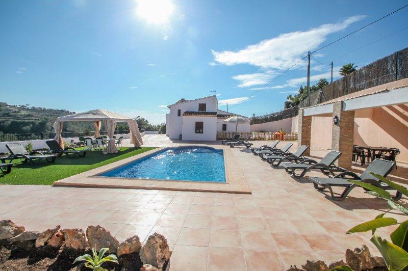 Finca La Verema - holiday home with private swimming pool in Benissa, Ferienwohnung in Canor