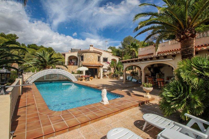 Germania - holiday home with private swimming pool in El Portet, aluguéis de temporada em Teulada