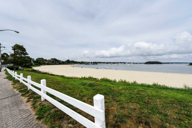 Enjoy easy access to the beach, just steps away!
