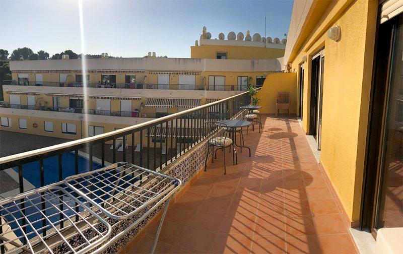 balcón soleado