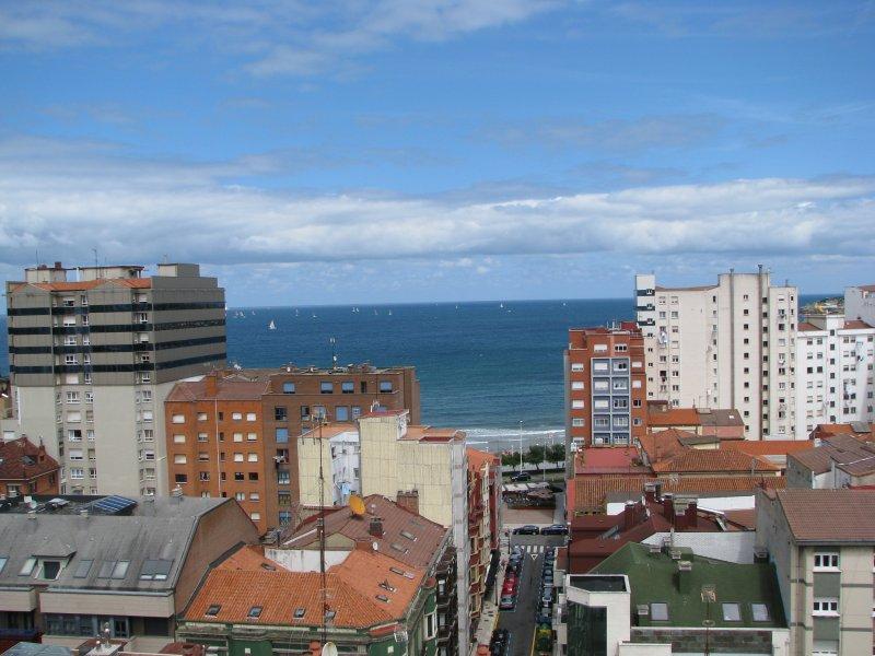 ÁTICO VISTAS MAR, alquiler vacacional en Gijón