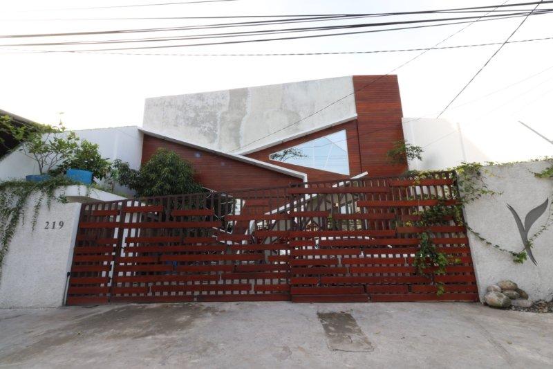Exterior View con un design tropicale piena