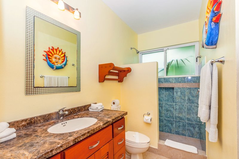 En Suite Guest Bathroom 1