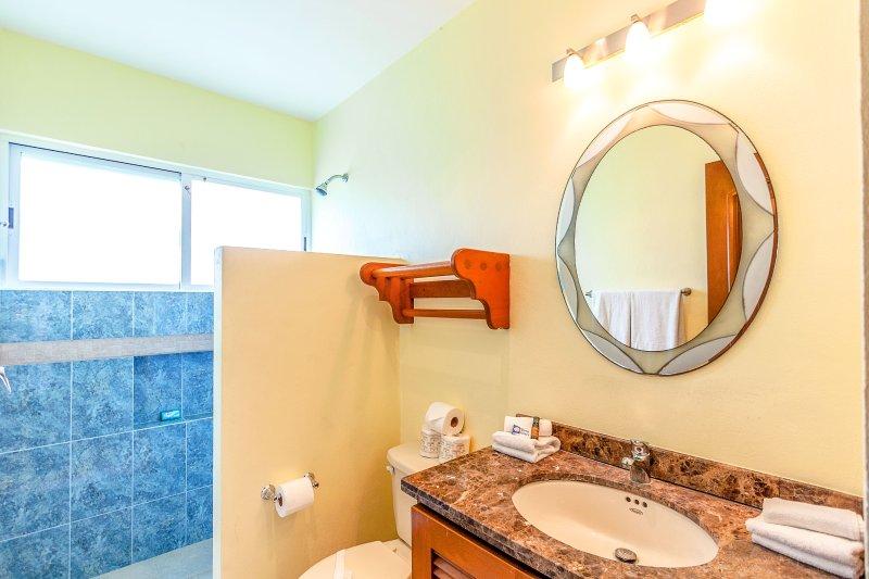 En suite badkamer voor de gasten 2