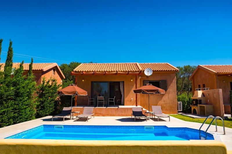 Sotiris villas Rhea, Selene, location de vacances à Agia Pelagia