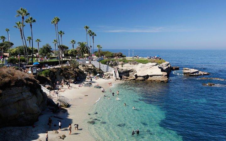 A soli 2 miglia dalle spiagge di La Jolla.