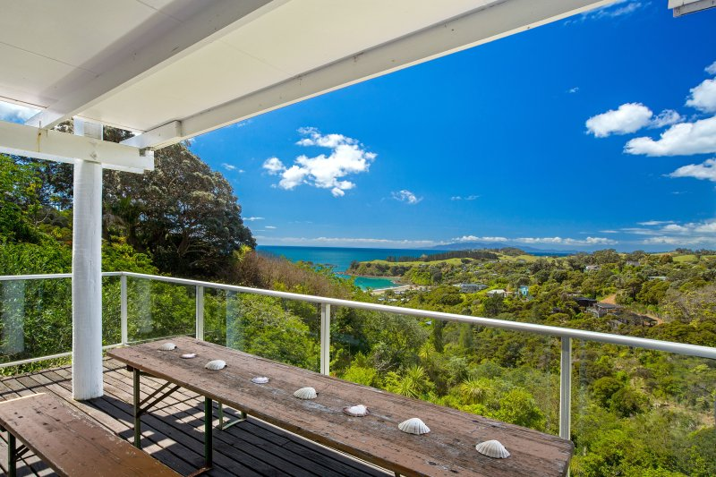 Relax and enjoy the beauty of Waiheke Island