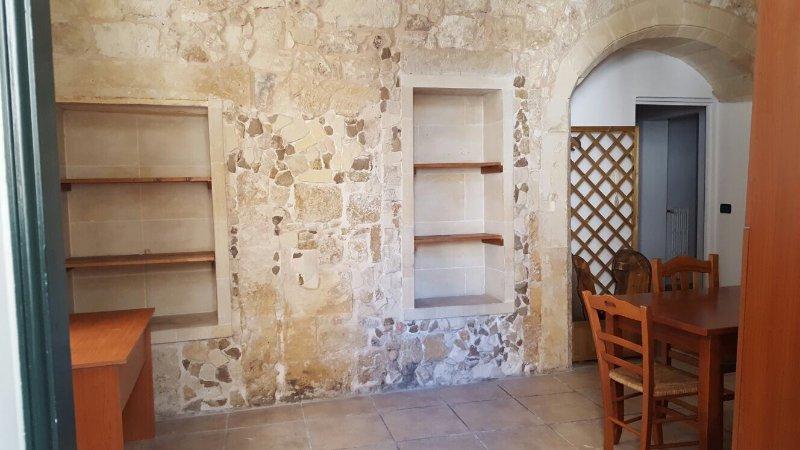 Casa Mirto bed and breakfast, vacation rental in Giorgilorio