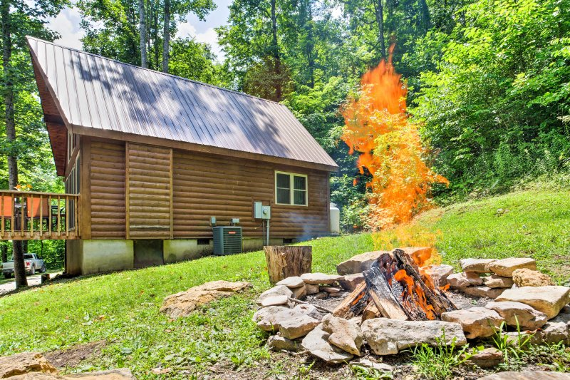 The fire pit is the best way to end a spring or summer day with your group!