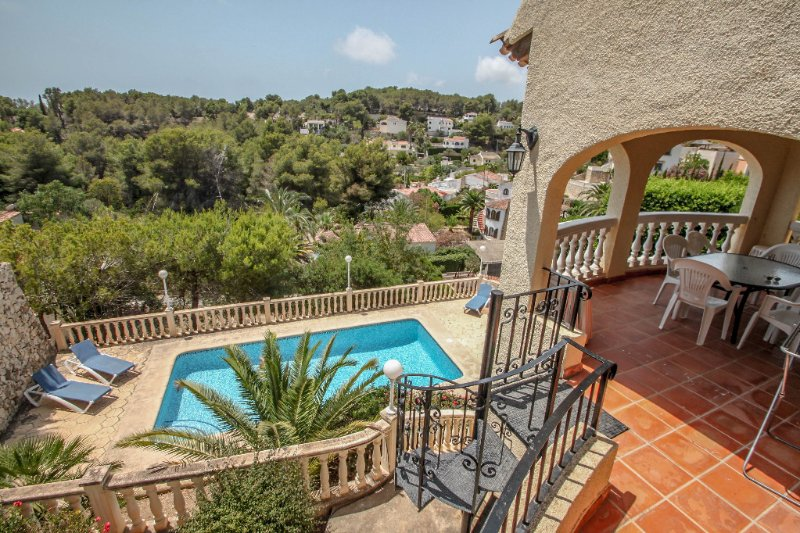 Kanky 6 - modern, well-equipped villa with private pool in Benissa coast, location de vacances à Benissa