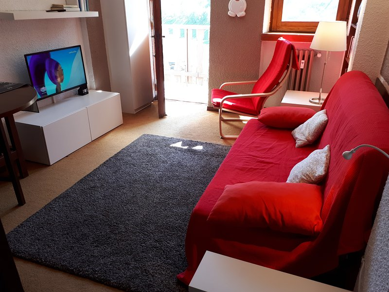 Matterhorn Studio Appartamento Vacanza Home Holidays Rental (B), aluguéis de temporada em Breuil-Cervinia