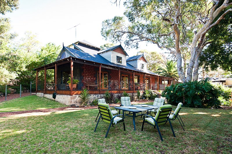 Country In The City B&B - Gooseberry Hill Perth WA, holiday rental in Greenmount