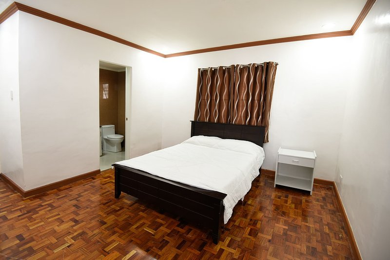 Room 8 For Rent Green Valley Baguio, holiday rental in Rosario
