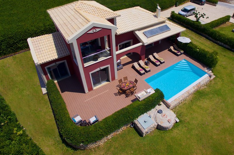 Mousata Villa Sleeps 6 with Pool Air Con and WiFi - 5238134, vacation rental in Mousata