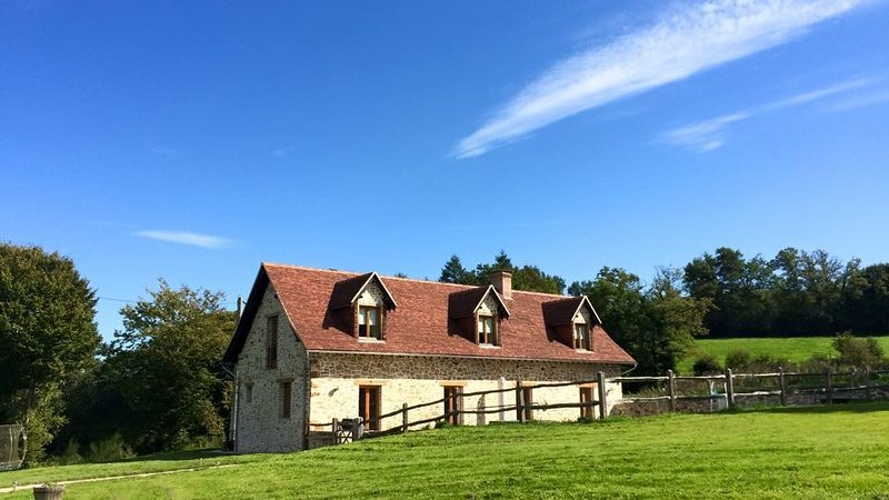 Le Penaud, vacation rental in Segur-le-Chateau