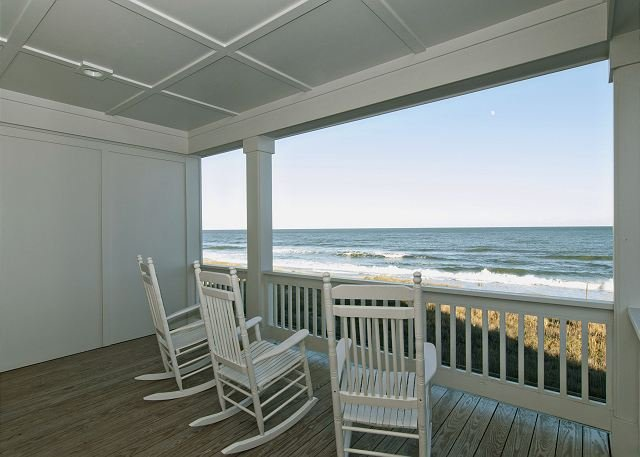 Upscale oceanfront duplex close to the aquarium and pier, holiday rental in Kure Beach