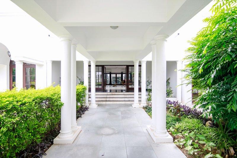 Casa de la Alegría - Luxury 5 BHK Granja Villa