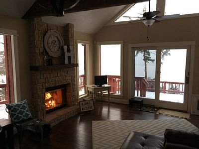 Sunset House-Truman Lake, holiday rental in Windsor