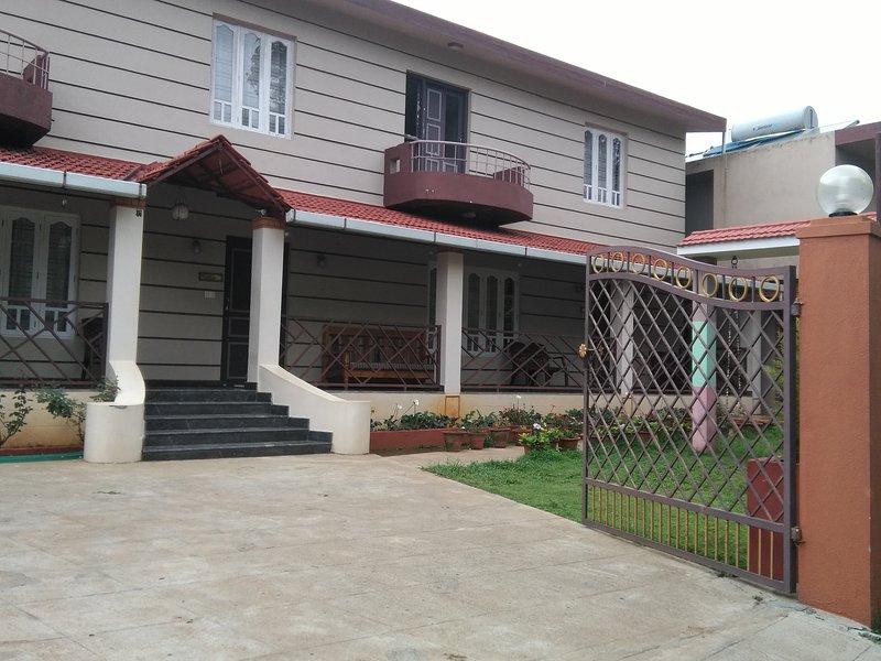 TripThrill Lotus Cottage 3, holiday rental in Madikeri Taluk
