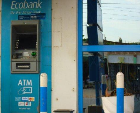 ATM cajero automático - 5 minutos a pie de la Villa