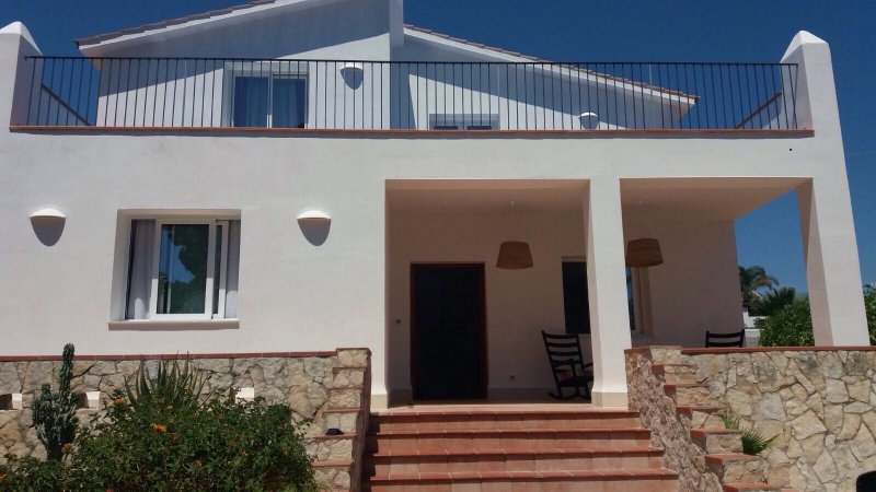 Beautiful fully refurished Villa, vacation rental in Cassibile