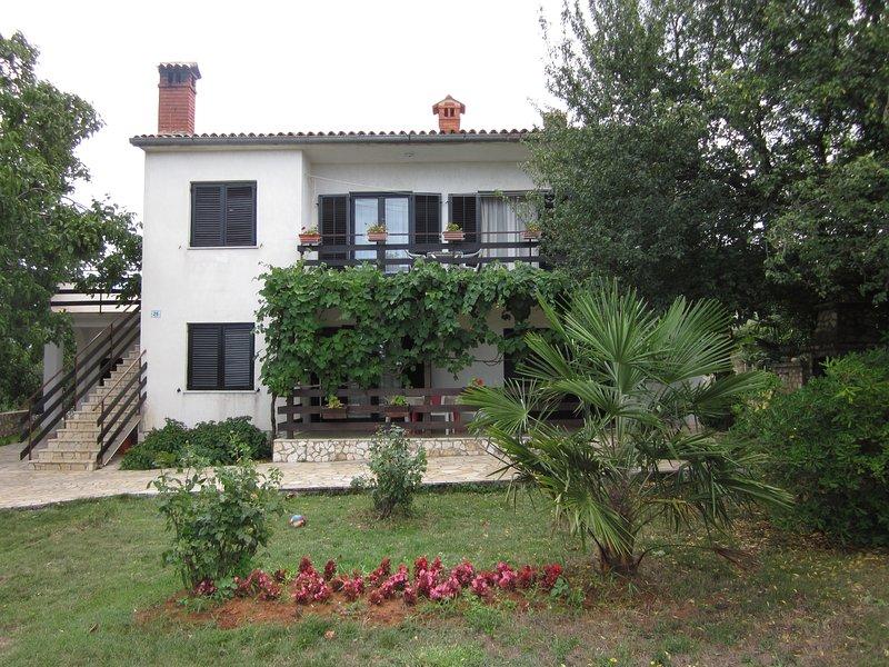 Apartment Iva, holiday rental in Rovinjsko Selo