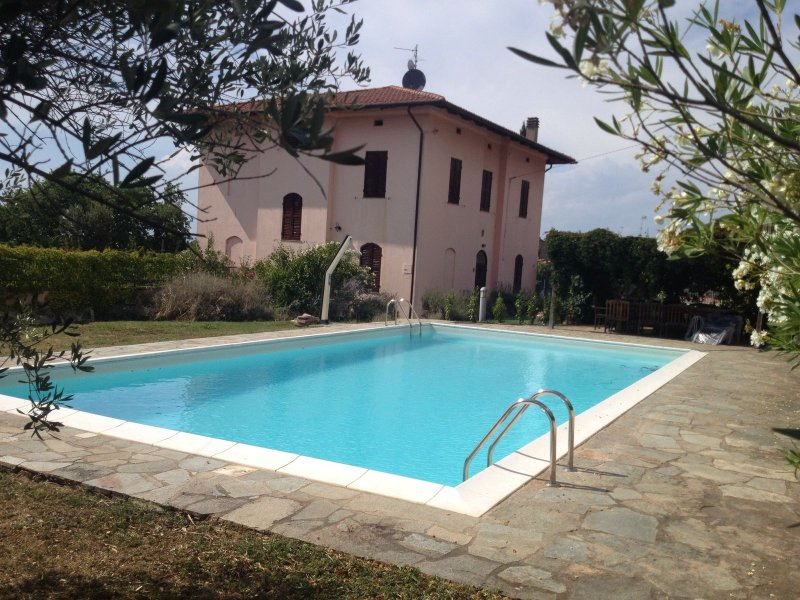 Casa fragola- Italian country house, holiday rental in Castiglione del Lago