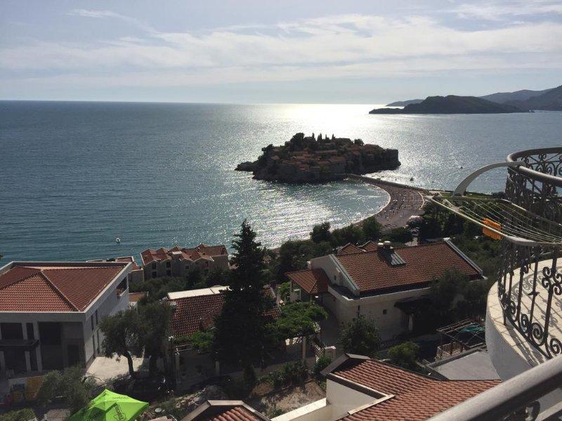 Villa Edelweiss - Apartment 3 bedroms, casa vacanza a Sveti Stefan