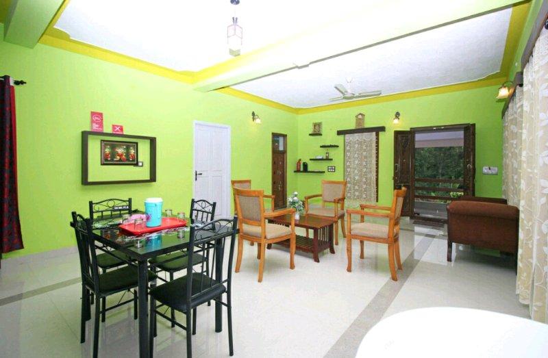 TripThrill Ramara Homestays 1st Floor (1) - 1BHK, holiday rental in Madikeri Taluk