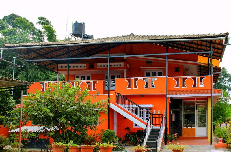 TripThrill Ratna Kaveri (2) - 1BHK, casa vacanza a Galibeedu