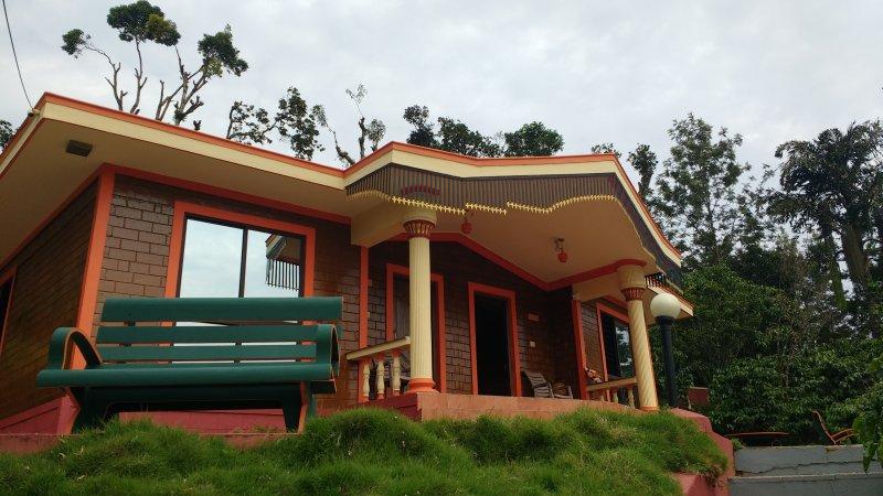 TripThrill Sapthagiri Cottages (1) - 1BHK, holiday rental in Madikeri Taluk