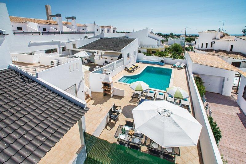 Villa Evaristo - 6 Bedroom Villa - Close To Beach, holiday rental in Sesmarias