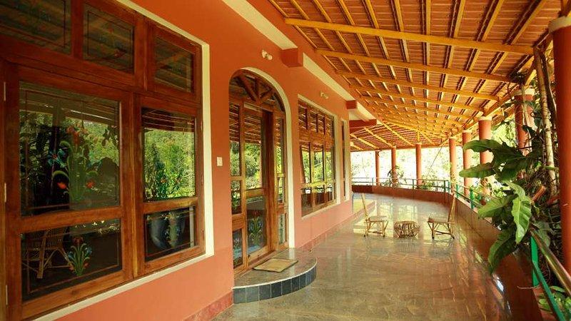 TripThrill Devamaani suit room., aluguéis de temporada em Suntikoppa