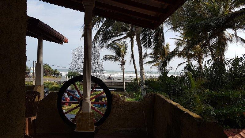 Strandhaus, Ahangama, holiday rental in Ahangama