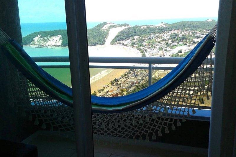 rede na varanda. Hammock at the balcony