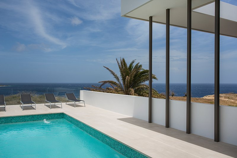 Riccavita penthouse met spectaculair zeezicht, holiday rental in Willemstad