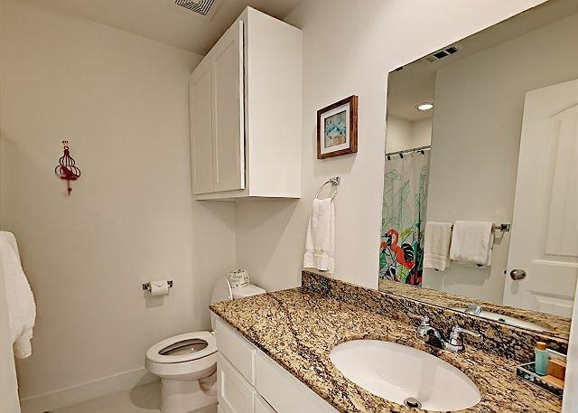 2nd Bath Room